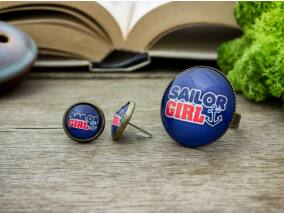 Üveglencsés sailor girl gyűrű és fülbevaló szett