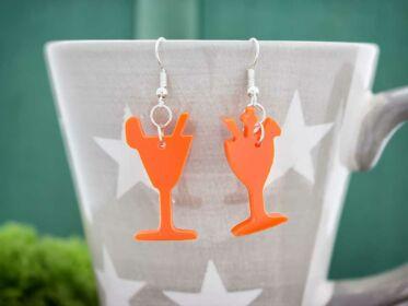 Koktélok narancssárga plexi fülbevaló