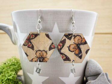 Pillangók röpte fa fülbevaló