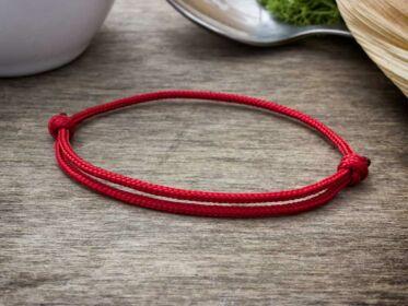Kabbala védelmező vörös paracord gyerek karkötő