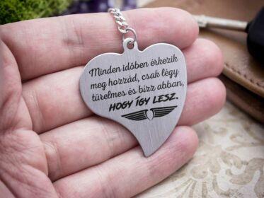 Így lesz acél szív medálos kulcstartó