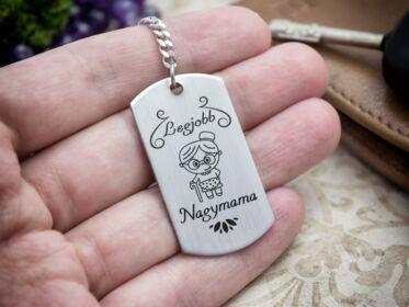 Legjobb Nagymama acél szögletes medálos kulcstartó