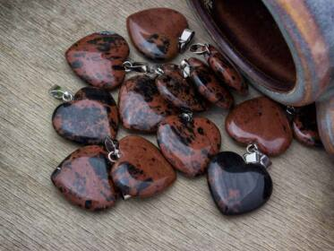 Barna obszidián szív ásvány medál