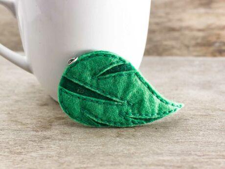 Barkácsfilc zöld levél medál