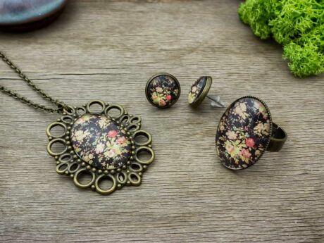 Üveglencsés vintage virágos gyűrű füli és nyaklánc szett