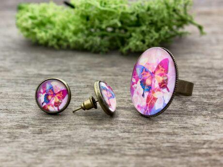 Üveglencsés színes pillangó gyűrű és fülbevaló szett