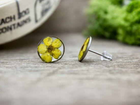 Sárga virág beszúrós gyanta fülbevaló