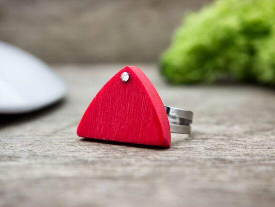 Gyurma piros csillanó pajzs gyűrű