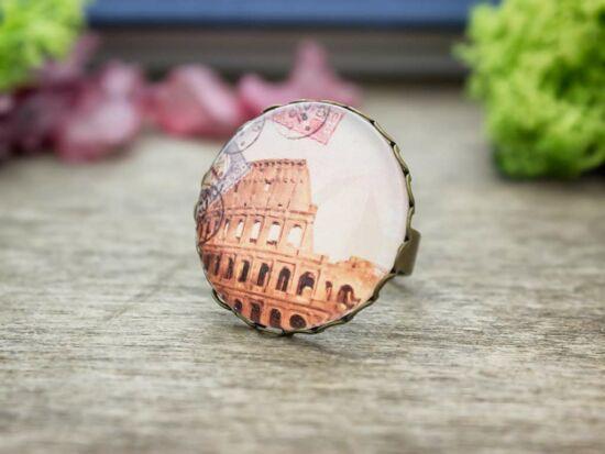 Üveglencsés colosseum Róma gyűrű