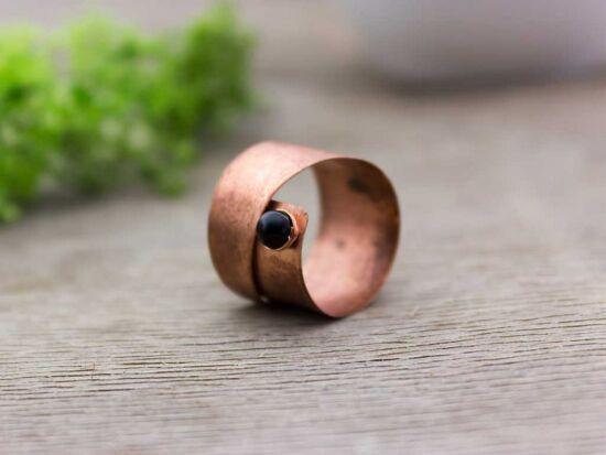 Lemez réz ónix gyűrű 57