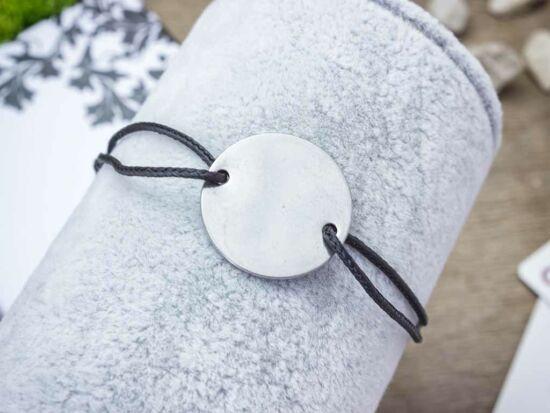 Gravírozható acél kör medálos MiniM nanocord karkötő