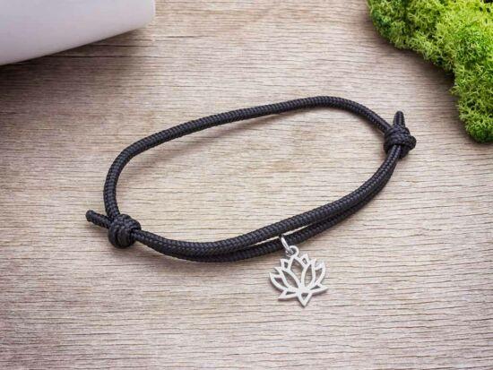 Lótuszvirág medálos fekete paracord karkötő