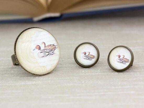 Üveglencsés kacsa pár gyűrű és fülbevaló szett