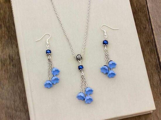 Kék virágos nyaklánc és fülbevaló szett