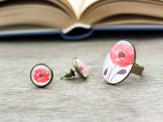 Üveglencsés piros pipacsos gyűrű és fülbevaló szett