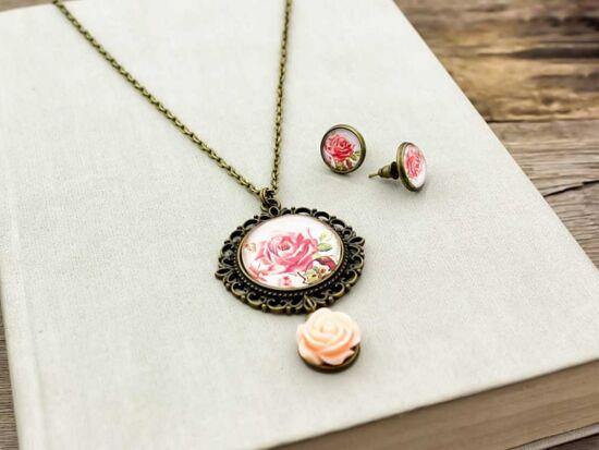 Üveglencsés vintage rózsás fülbevaló és nyaklánc szett