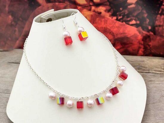 Piros kristályos és fehér tekla fülbevaló és nyaklánc szett