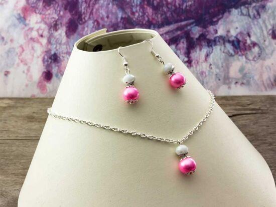 Rózsaszín kristályos gyöngyös nyaklánc és fülbevaló szett