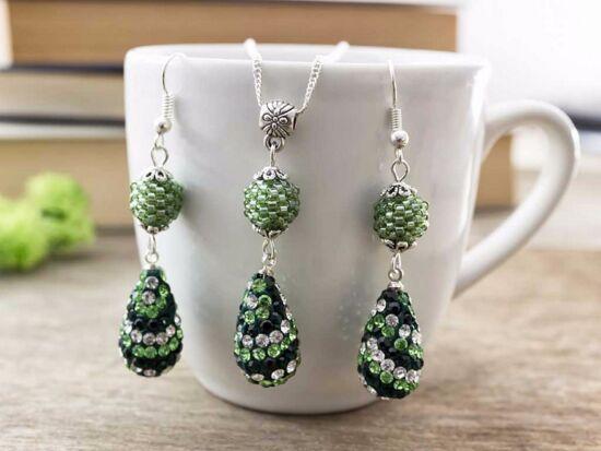 Zöld fekete és fehér csepp nyaklánc és fülbevaló szett