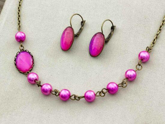Üveglencsés rózsaszín álom fülbevaló és nyaklánc szett