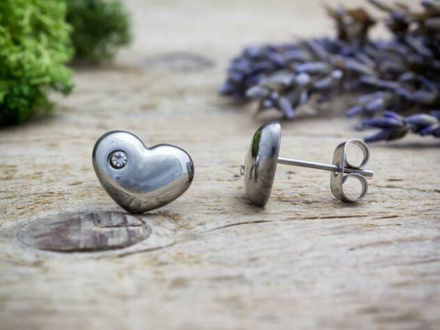 Szívecskés cirkónia kristályos acél fülbevaló