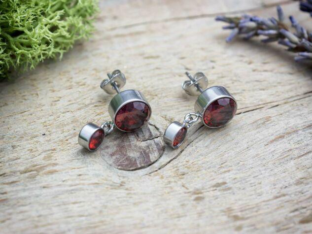 Marsala bordó kristályos acél fülbevaló