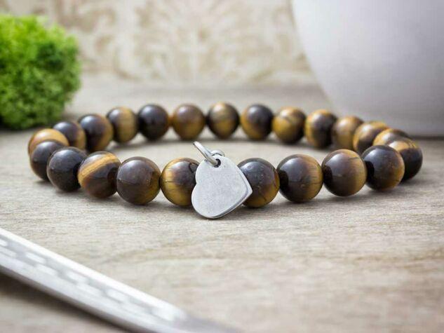 Gravírozható szív acél medálos tigrisszem ásvány karkötő