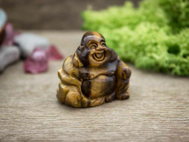 Tisztánlátás tigrisszem Buddha szobor