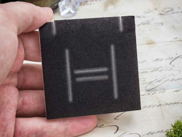 Ajándékdoboz mintás fekete fehér színű