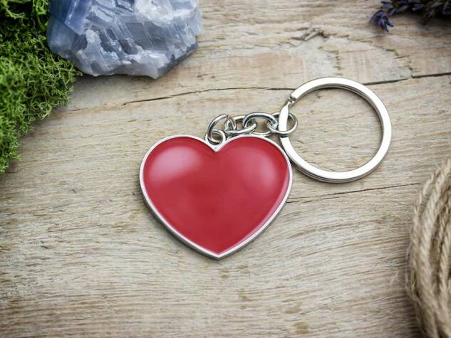 Valentin napi szív medálos kulcstartó