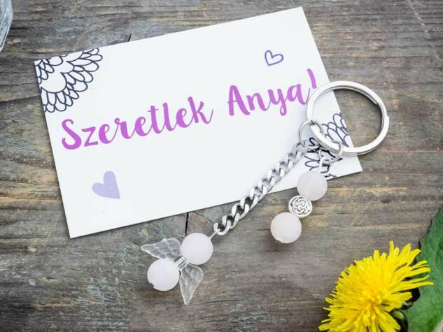 Szeretlek Anya kulcstartó matt rózsakvarc angyalkával