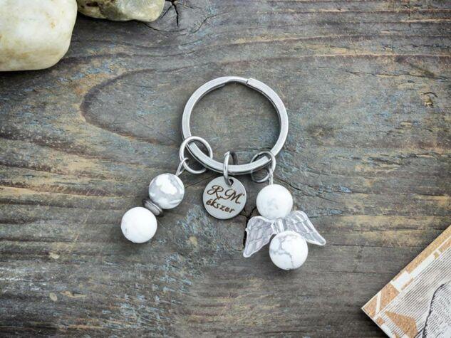 Szeretlek Anya szívecskés kulcstartó rózsakvarc angyalkával