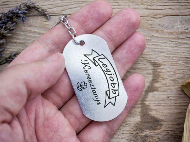 Legjobb Keresztanya szögletes medálos kulcstartó