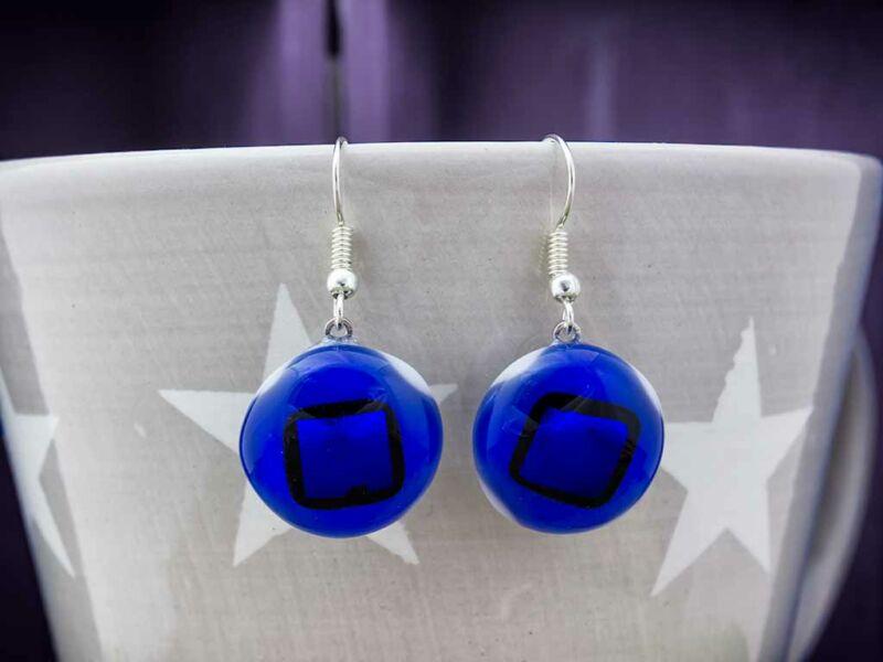 Kékséges szépséges üveg lógós fülbevaló