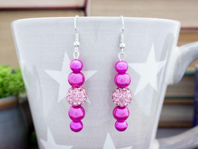 Rózsaszín magenta kristályos lógós fülbevaló