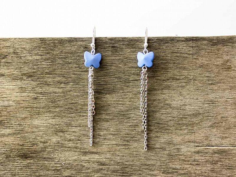 Kék pillangó lógós fülbevaló