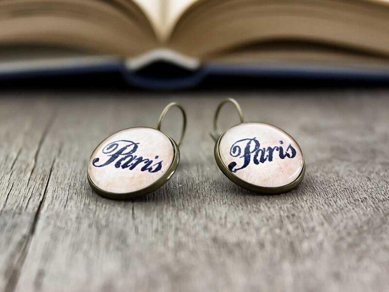 Üveglencsés I love Paris fülbevaló