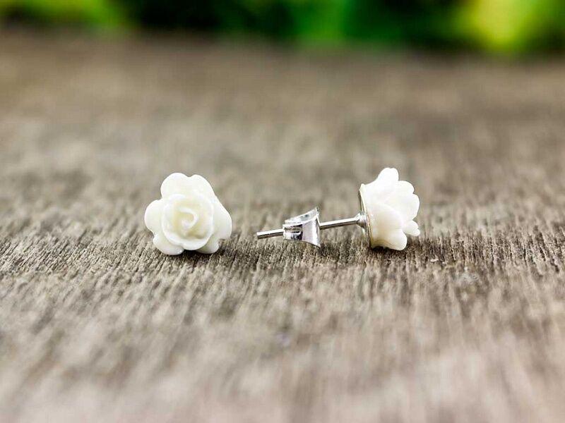 Mini fehér rózsa fülbevaló