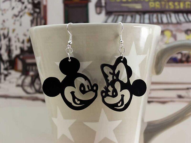 Mickey és Minnie bakelit fülbevaló