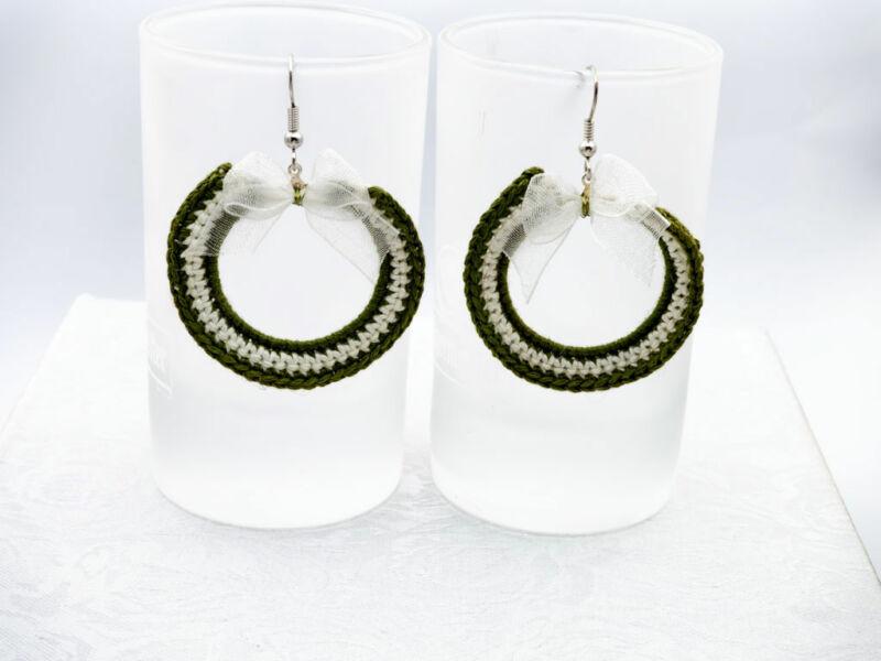 Horgolt zöld fehér masnis fülbevaló 4ec452134c