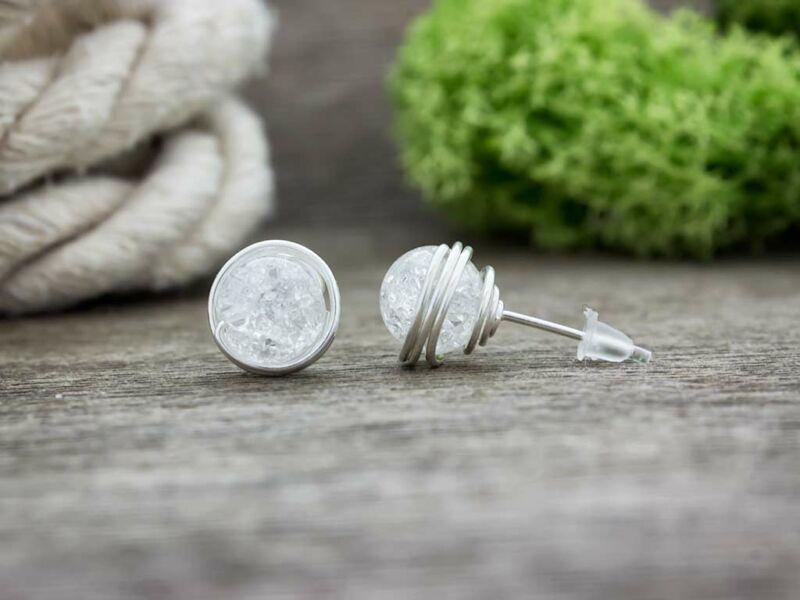 Hegyikristály beszúrós ezüst színű drót fülbevaló