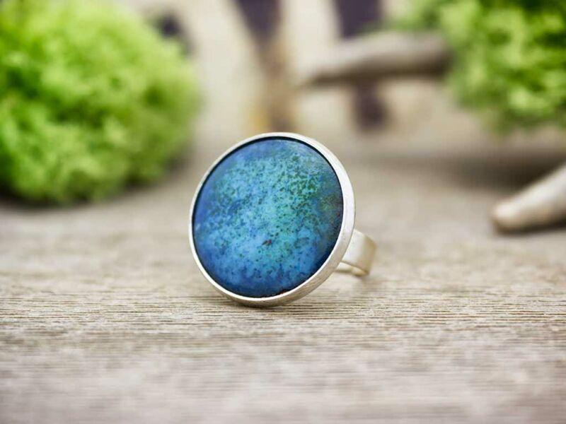 Tenger kék tűzzománc gyűrű ezüst színű alappal