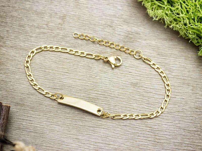 Arany színű gravírozható  figaro mintás acél karkötő