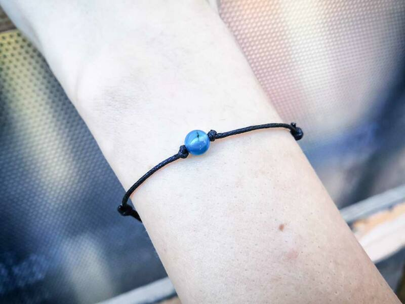 Pöttöm kék achát ásvány karkötő