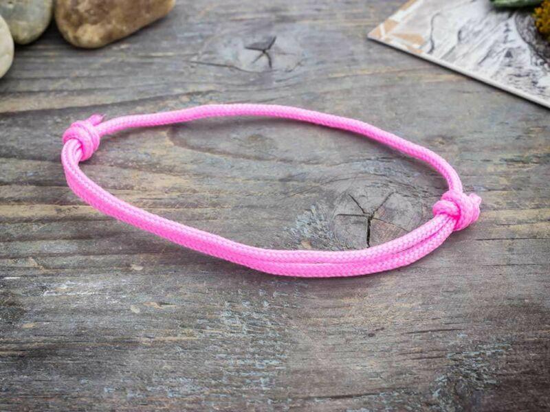 Kreativitás rózsaszín paracord karkötő