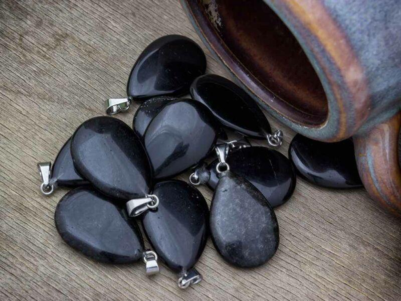 Obszidián csepp ásvány medál