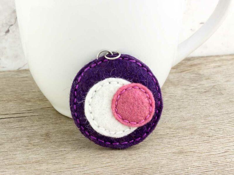 Gyapjúfilc lila és rózsaszín medál