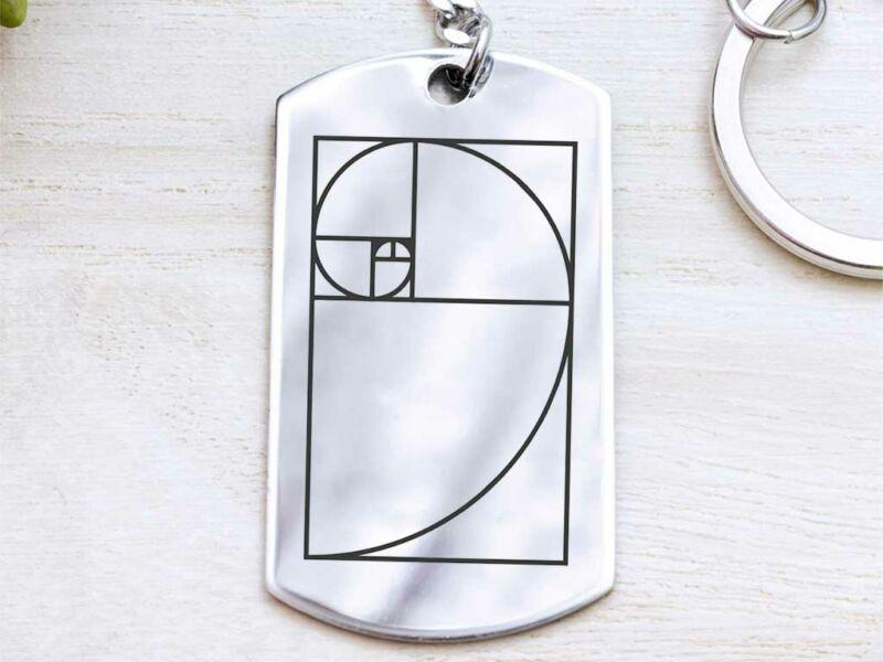 Fibonacci acél medálos kulcstartó